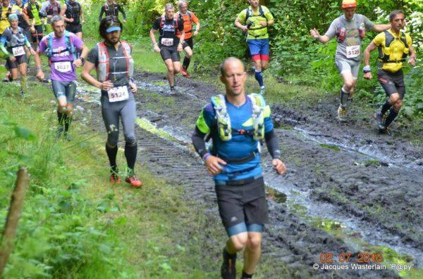 3 AAUT runners samen gefotografeerd in Belgie